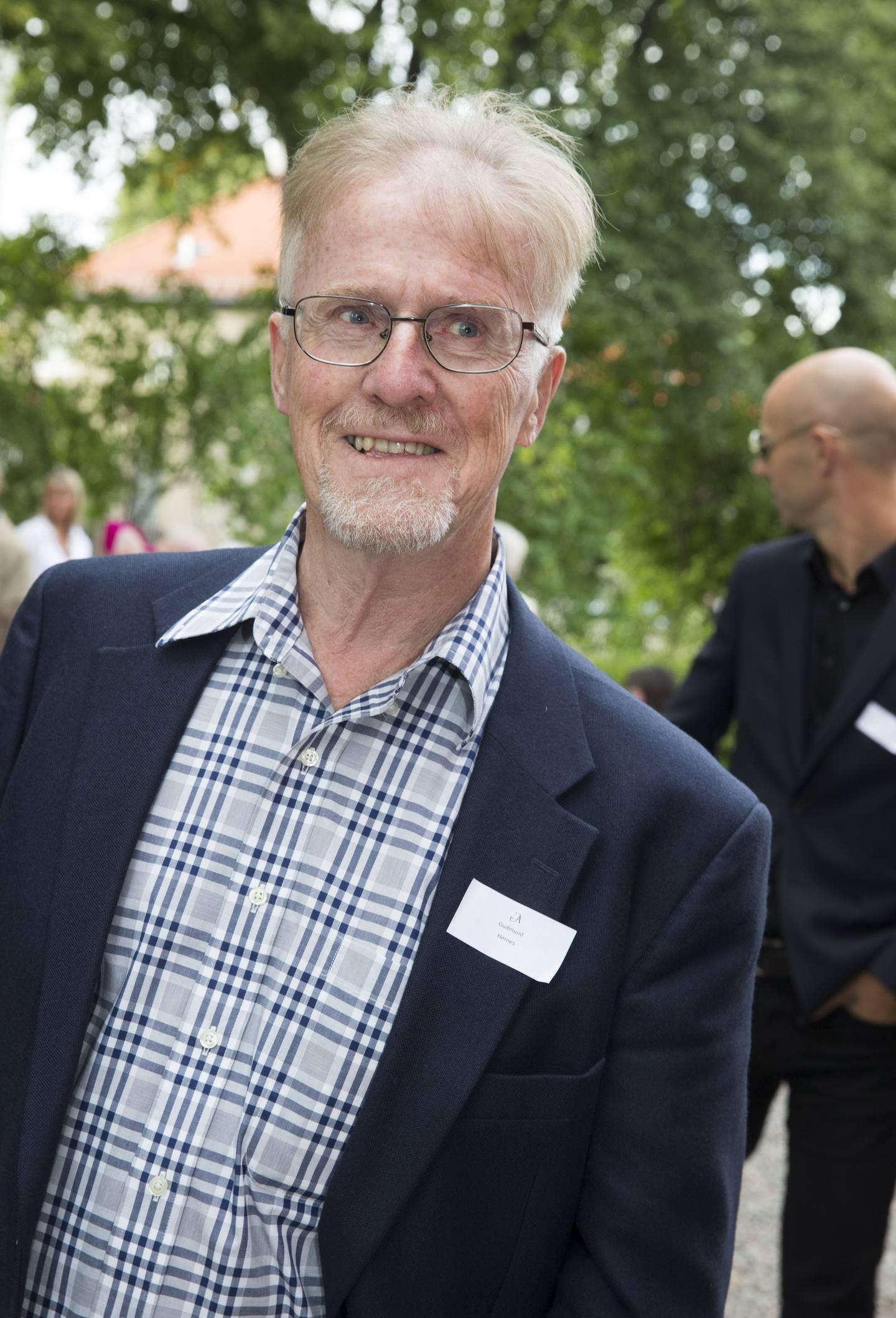 Oslo  20130829. Gudmund Hernes  på hagefesten til Aschehoug forlag torsdag ettermiddag. Foto: Berit Roald / NTB