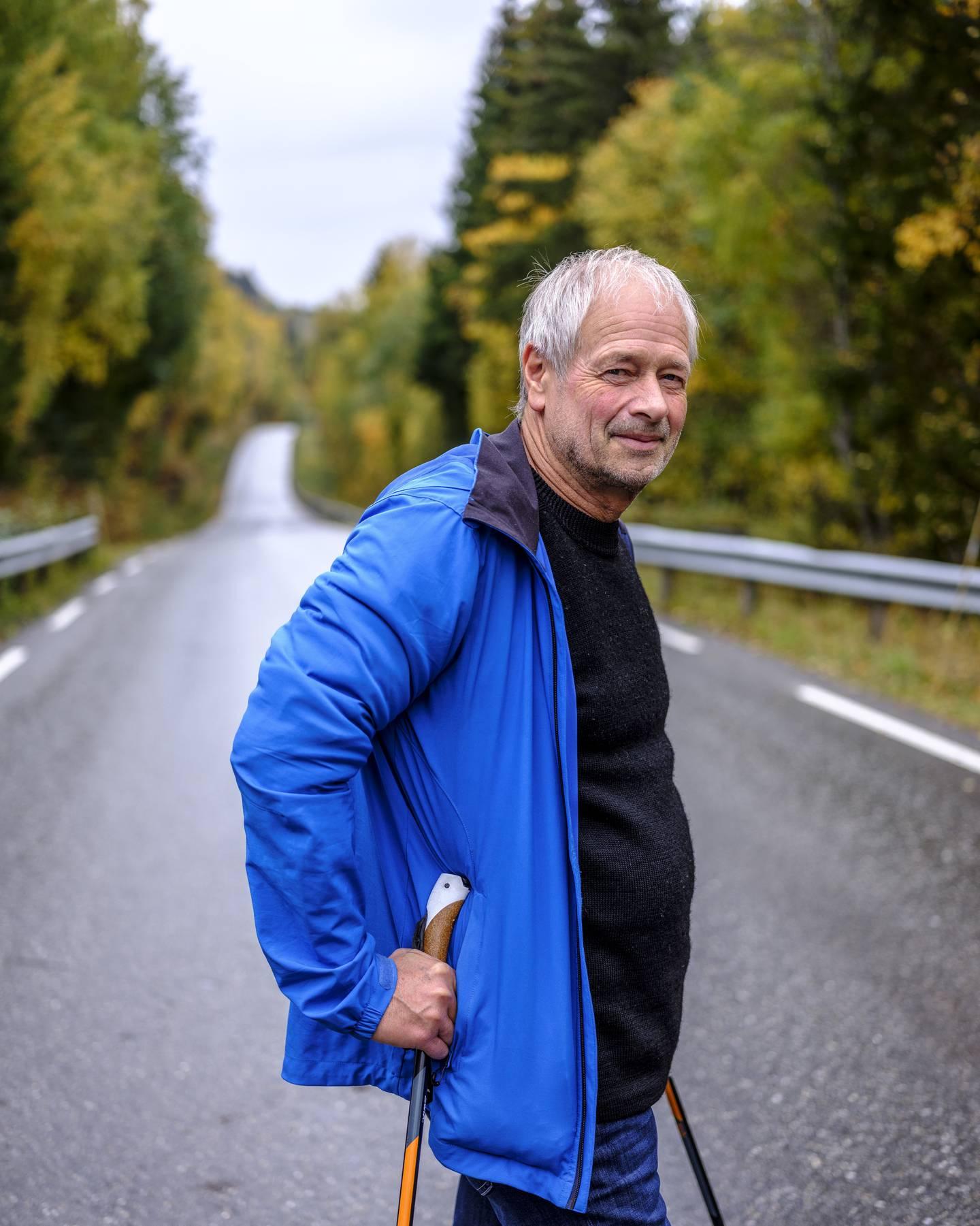 Torbjørn Dahl, leder for Lågendeltaets venner. Elvedeltaet ved innløpet til Gudbrandsdalslågen ble vernet i 1990. Nå som firefelts E6 med 110-fart planlegges rett gjennom naturreservatet, frykter lokalpolitikere at området likevel har null rettsvern.