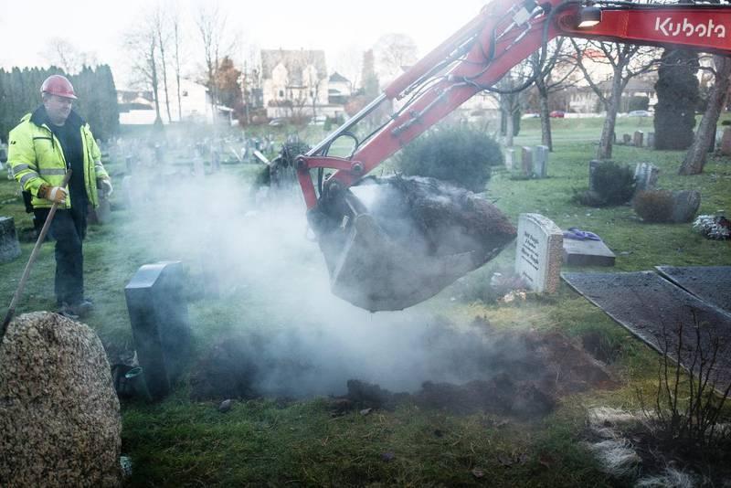 Trondheim setter i år i gang et pilotprosjekt for å få bukt med leireproblemet i graver.