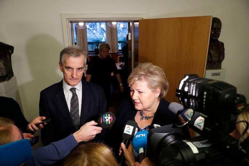 Statsminister Erna Solberg og Ap-leder Jonas Gahr Støre møter pressen etter metoo-møtet med partilederne og generalsekretærer fra alle partiene på Stortinget 30. januar.