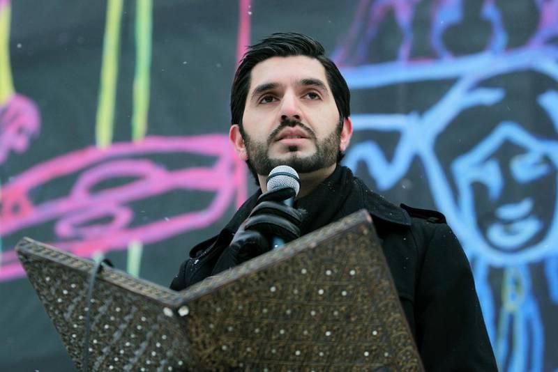 Mohammad Usman Rana har lenge vært en kjent stemme i norsk offentlighet. Her holder appell han under en markering mot terror arrangert av Islamsk Råd på Jernbanetorget i Oslo i 2010.