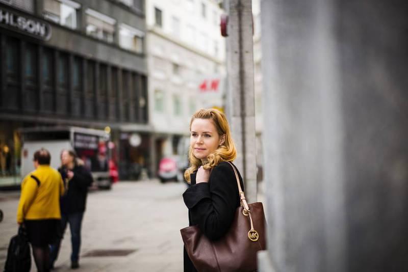 Linda Alzaghari i Minotenk tror egne eldresentre for ulike innvandrergrupper kan være en løsning i de store byene.