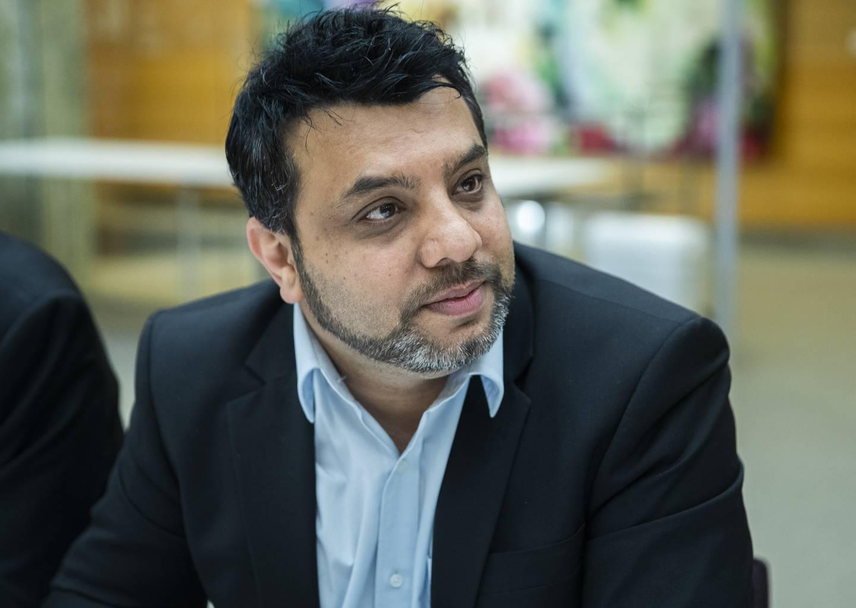Fått mange henvendelser: Arshad Jamil forteller at det er mange som har lurt på om man kan ta vaksine når man faster.