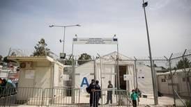 To afghanske ungdommer dømt for å ha startet brann i Moria-leiren