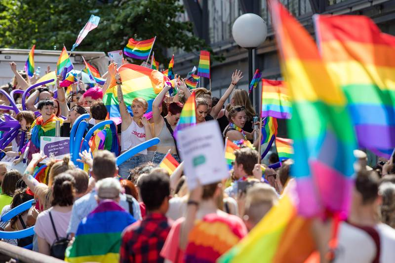 Oslo  20170701. Paraden under Oslo Pride går fra Grønland til Spikersuppa i Oslo sentrum lørdag. Foto: Audun Braastad / NTB scanpix