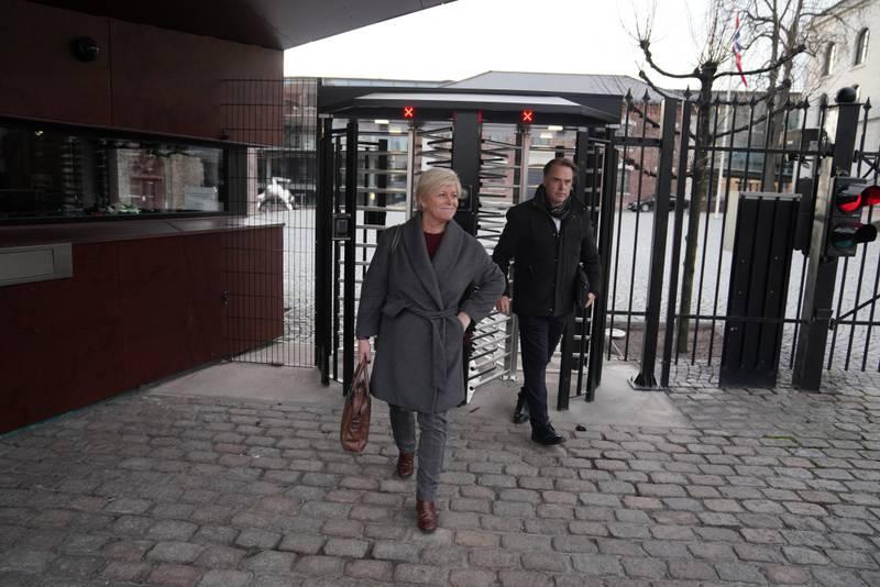 Oslo 20201122.  Partilederne i Høyre, Venstre og KrF fortsetter forhandlingene med Frp om statsbudsjettet  på Statsministerens kontor søndag. Foto: Fredrik Hagen / NTB