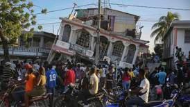 Minst 724 døde etter jordskjelv i Haiti