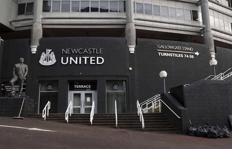 Newcastle er med ett blitt en av fotballens aller rikeste klubber etter å ha blitt overtatt av Saudi-Arabias investeringsfond. Foto: Scott Heppell / AP / NTB