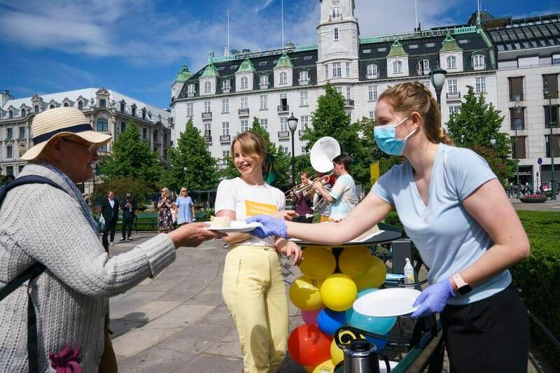 Amnesty og Framtiden i våre hender markerer at Norge får en menneskerettighetslov for næringslivet (åpenhetsloven).