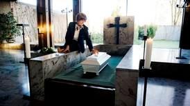Avviser konkurranse om gravferder