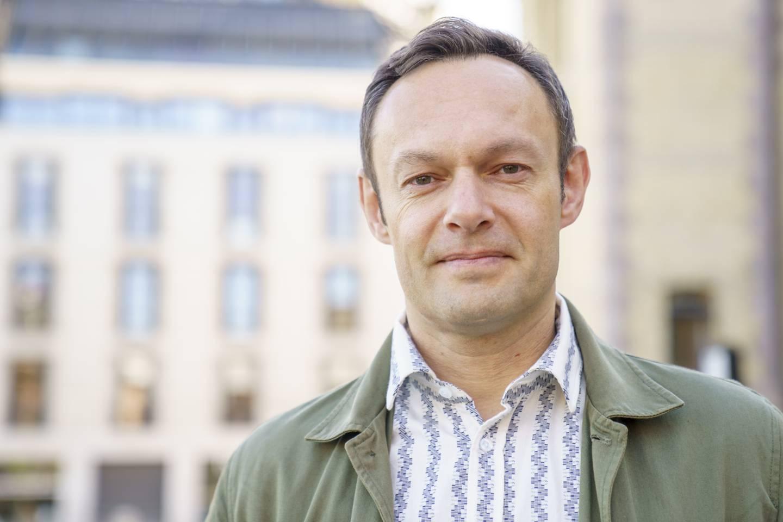 SV-nestleder Torgeir Knag Fylkesnes lover bøndene et ekstra jordbruksoppgjør hvis hans parti havner i regjering etter valget.  Foto: Torstein Bøe / NTB