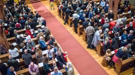 Roper varsku om situasjonen for daglige ledere i Oslo-kirken