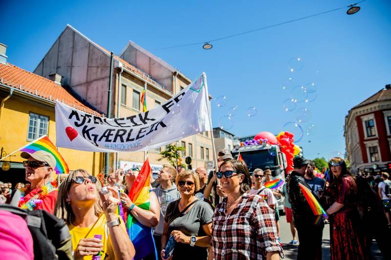 Oslo  20180630. Fargerikt under Oslo Pride Parade som gikk fra Grønland til Spikersuppa. Foto: Stian Lysberg Solum / NTB scanpix