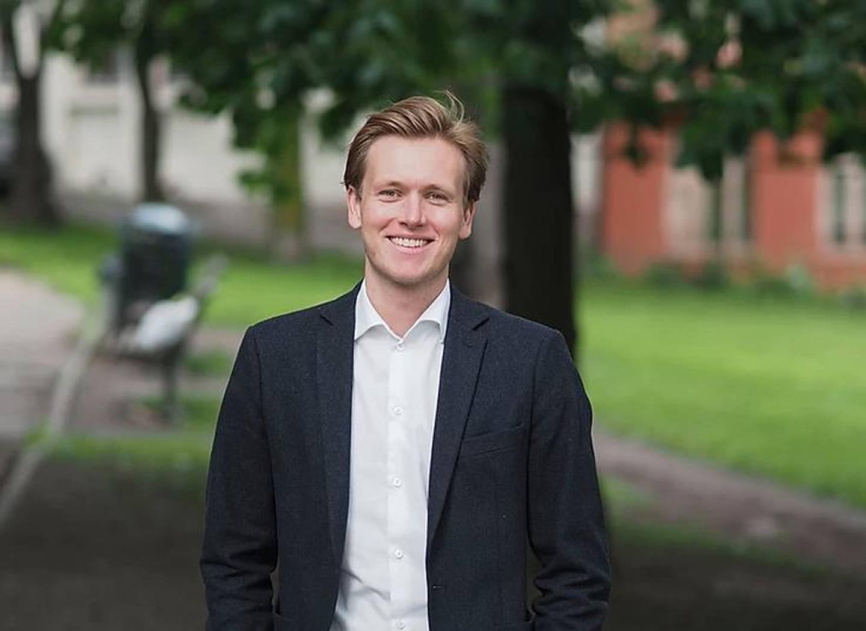 Leder i Unge Venstre Sonde Hansmark reagerer på KrFs forslag. Han synes det både er farlig og trist.