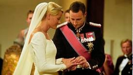 20 år siden Haakon og Mette-Marit giftet seg