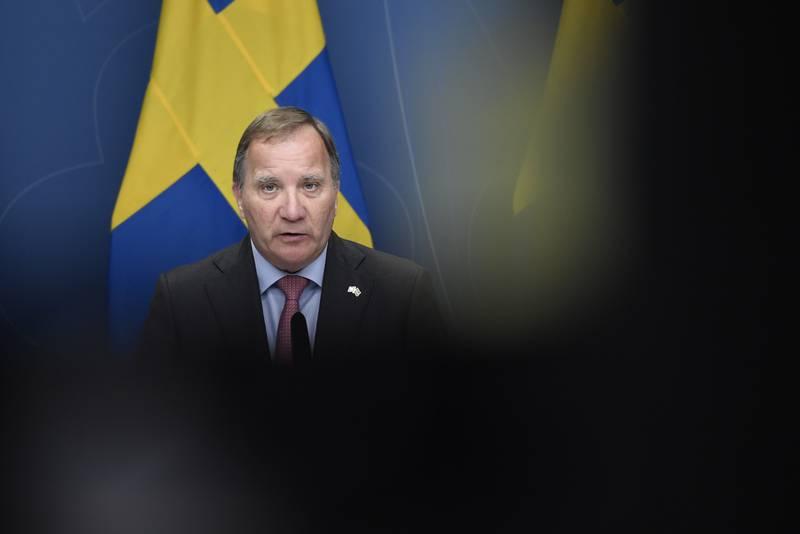 Statsminister Stefan Löfven (S) varslet mandag at han og regjeringen går av. Foto: Stina Stjernkvist/TT / NTB