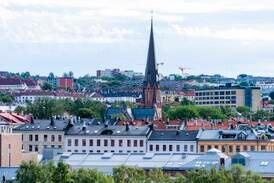 Ber ledelsen i Oslo-kirken vurdere å gå av
