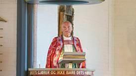 Biskop: – Vi har latt oss bedra til å tro vi er ferdige med 22. juli