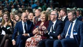 Mener statsministeren tåkelegger oljedebatten