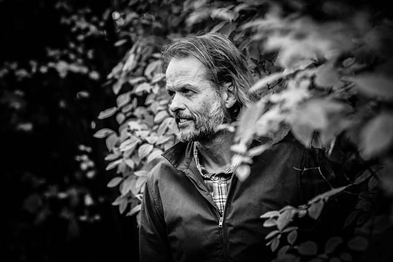 – Stillhet trenger ikke være et middel for å oppnå noe annet, sier Erling Kagge.