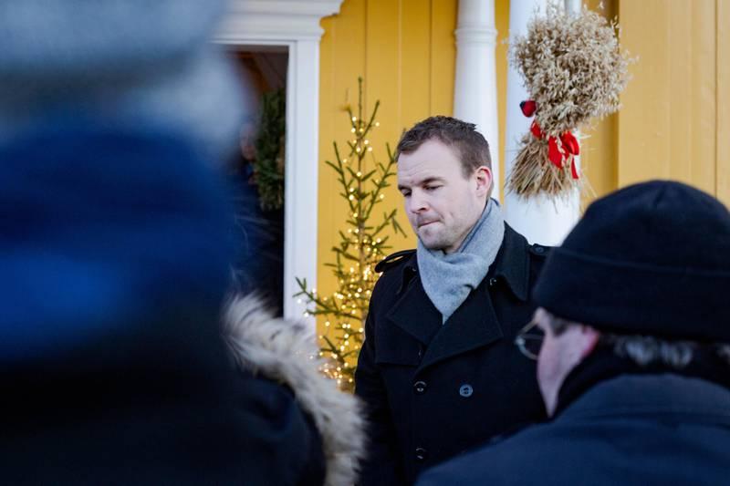Kjell Inge Ropstad på Granavolden for å forhandle om det nye regjeringssammarbeidet 2019